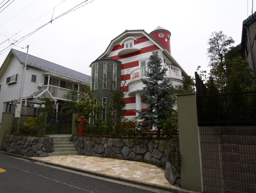 楳図邸.JPG