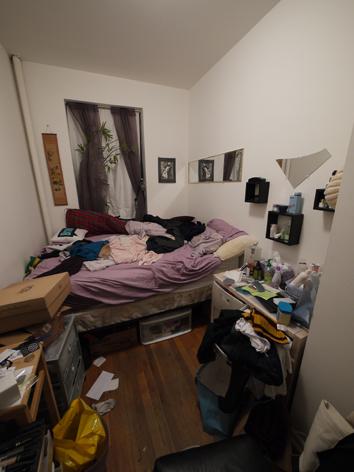 05 汚い部屋.jpg