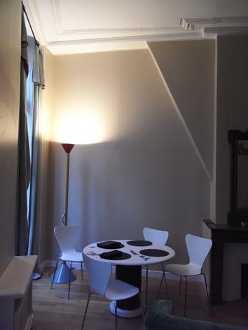 08 パリの部屋1.jpg